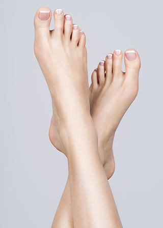Healthy nails free of onychomycosis